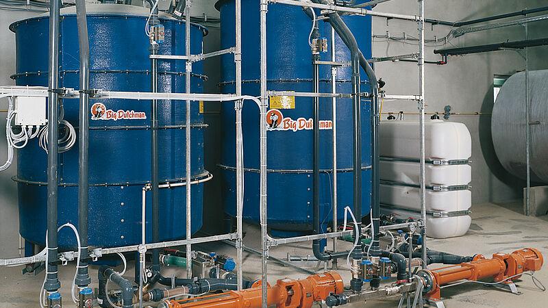 Кормороздавальні установки: рідка годівля HydroMix